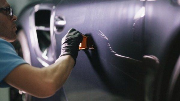 remove scratches from a car