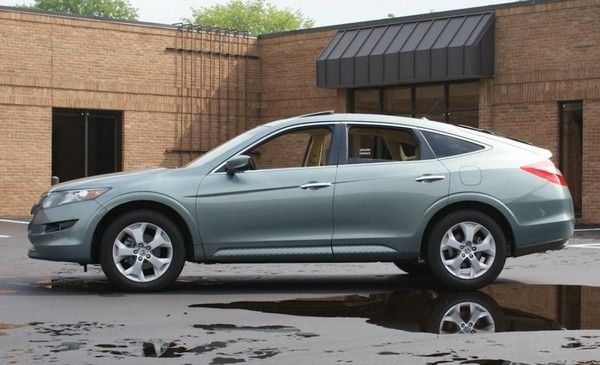 Honda Crosstour 2010 review