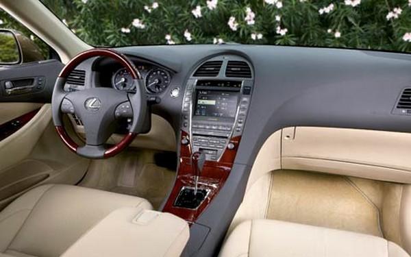 2007 Lexus ES 350 interior