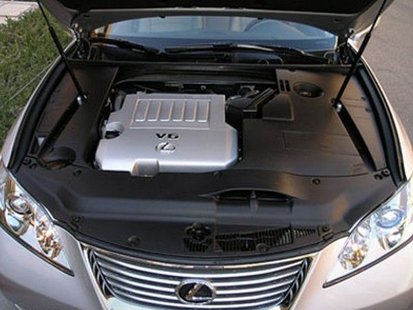 Lexus ES350 2007u0027s Engine. Under The Hood, The ES350 Is Powered By A 3.5L  Engine