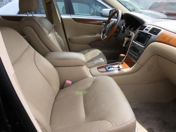 2005 Lexus ES330 interior