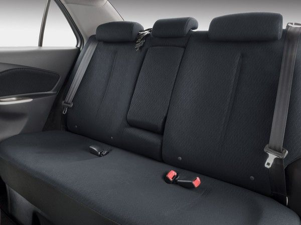 Toyota Yaris 2008 rear seats