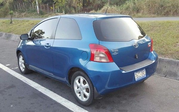 Toyota Yaris 2008 angular rear
