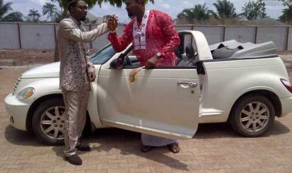 2Face-Idibia's-car