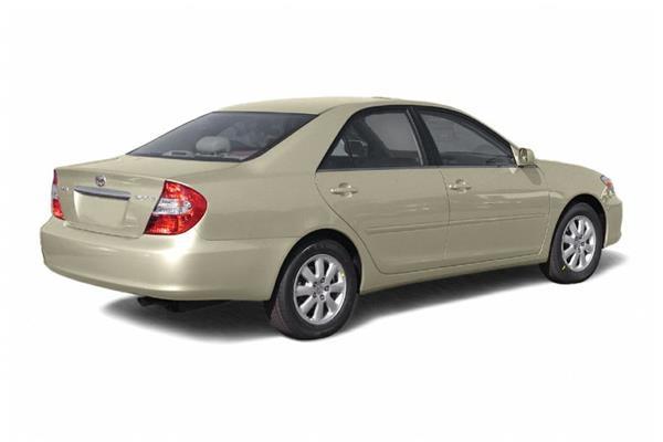 Toyota Camry 2005 angular rear