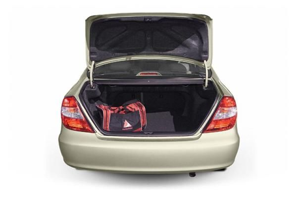 Toyota Camry 2005 luggage space