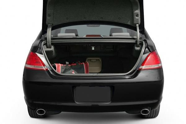 Toyota Avalon 2007 luggage space