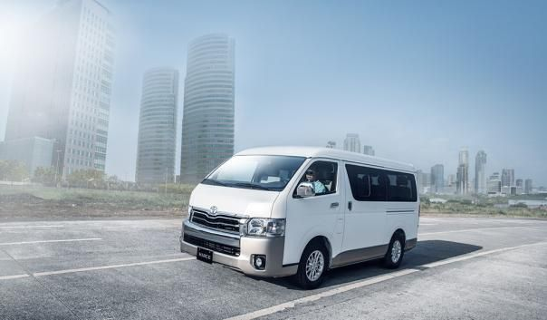 Toyota Hiace 2017 on the road