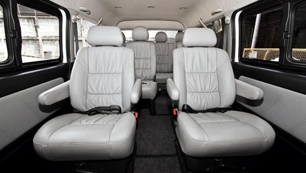 Toyota Hiace 2017 seats