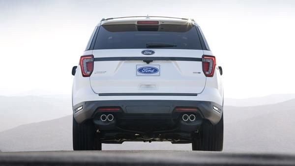 Ford Explorer 2018 rear view