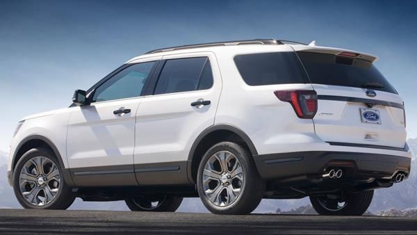 Ford Explorer 2018 angular rear