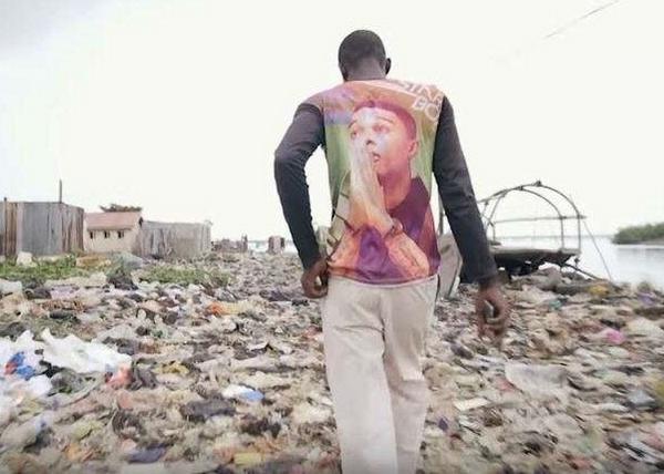 KennyJet walking on a landfill