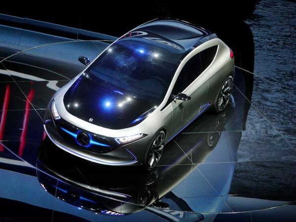 Mercedes-Benz EQA at 2017 frankfurt Auto Show