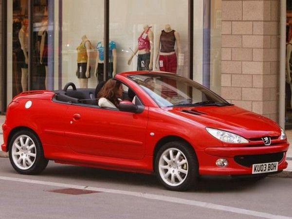 Peugeot 206 coupe side view