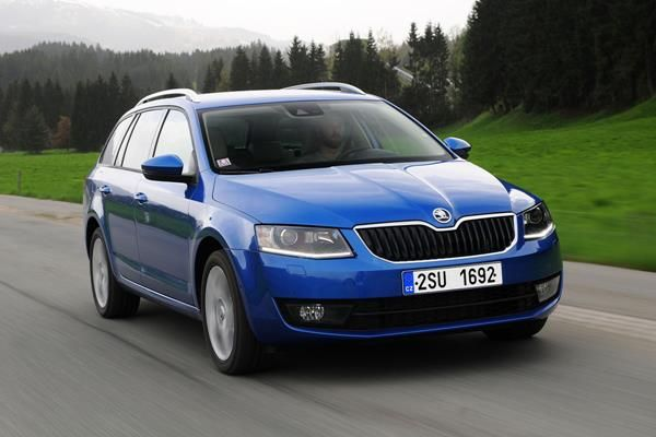 The Estate Skoda Octavia 2013 angular front - one of the most fuel-efficient used diesel cars