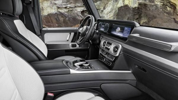 Mercedes-Benz G-Wagon interior