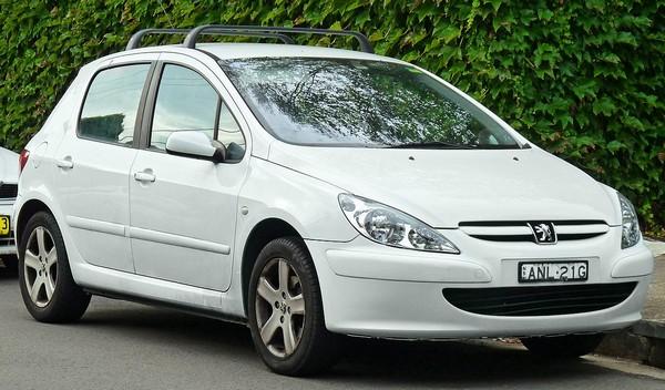 Peugeot 307 angular front
