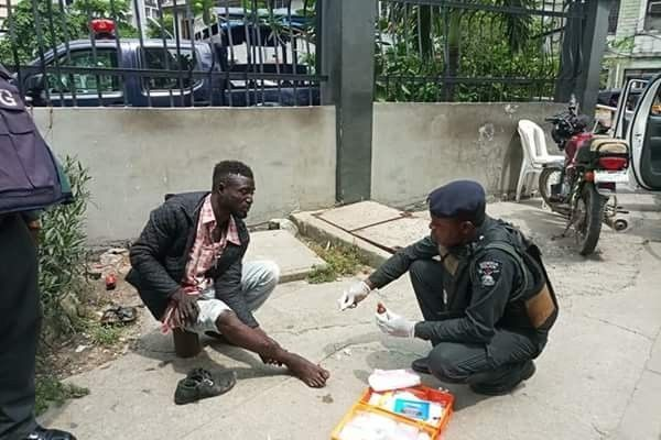 Lagos Police treating accident victims