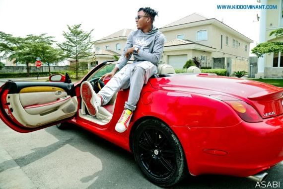 Kiddominant on his Lexus