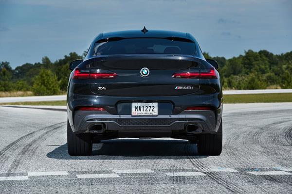 BMW X4 2019 rear view