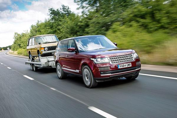 A Range Rover towing a Range Rover