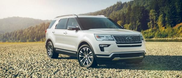 Ford Explorer angular front