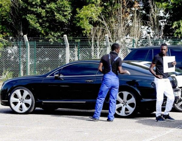 Blaise Matuidi beside his Bentley car