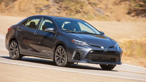 Toyota Corolla angular front
