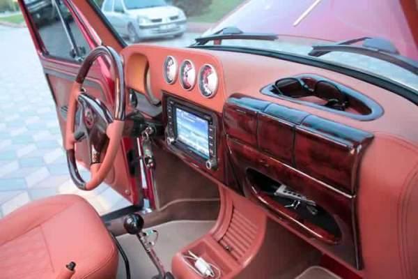 cabin of the Volkswagen Beetle remake version