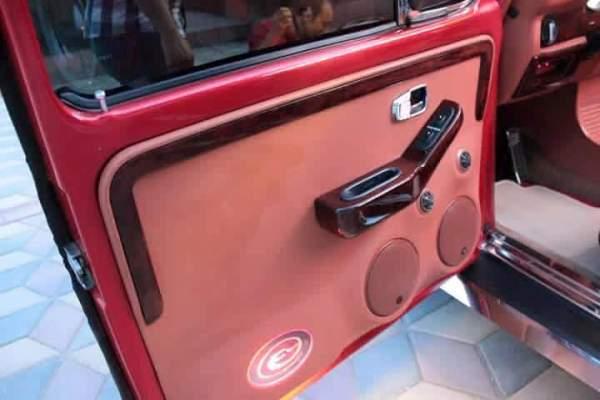 door of the Volkswagen Beetle remake version