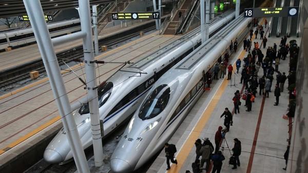 chinese high speed train