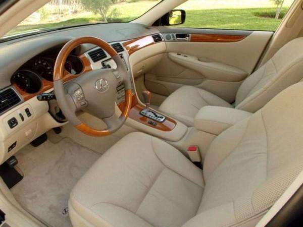 Lexus ES330 2004 cabin design
