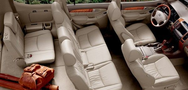 Lexus GX470 seat arrangement