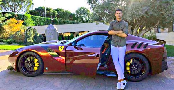 Ronaldo's Ferrari F12