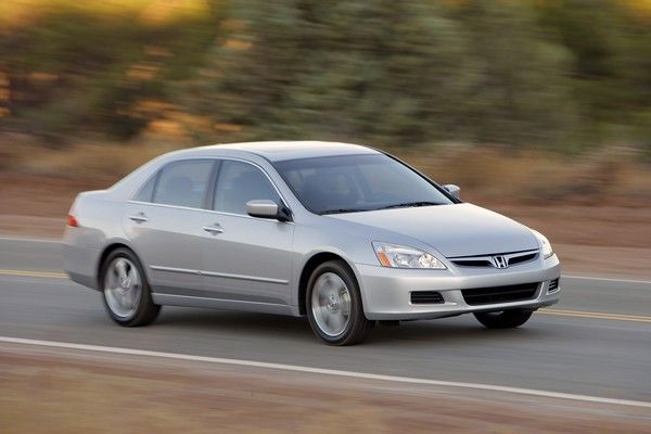 Honda Accord Discussion continues running on road