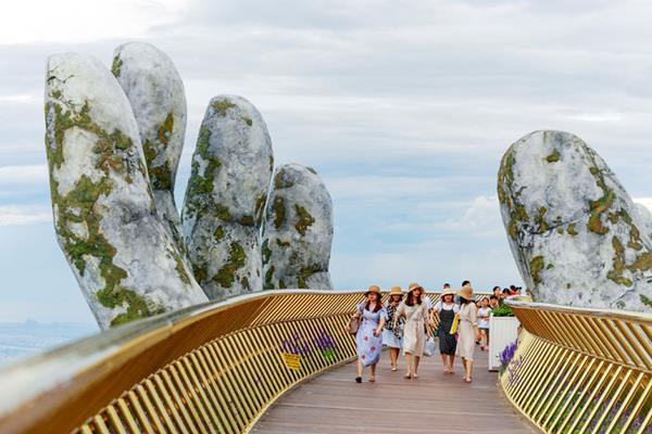 the heavenly scene of Golden Bridge in Da Nang, Vietnam