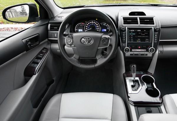 Toyota Camry 2012 interiors