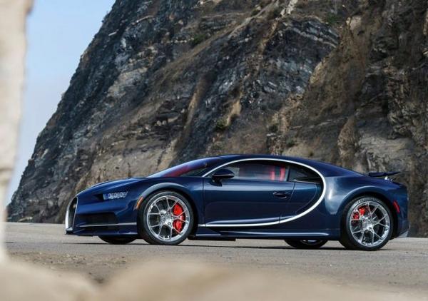 side of the Bugatti Divo