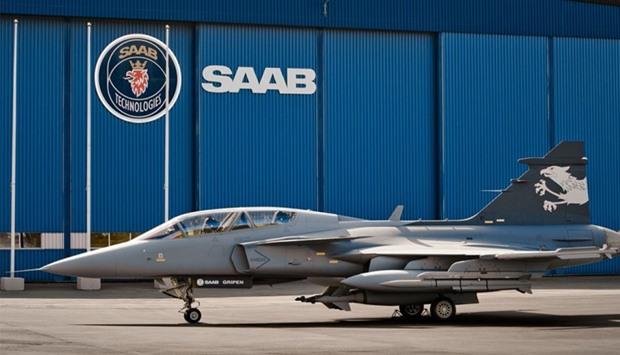 a saab fighter jet