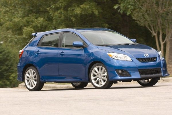 a blue Toyota Matrix