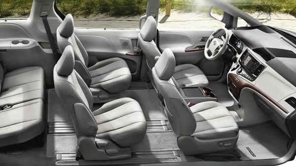 Toyota Sienna seat arrangement