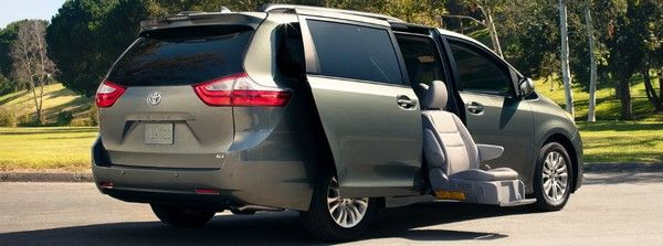Toyota Sienna with auto-access seat