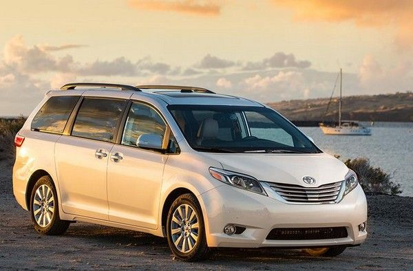 Toyota Sienna three-quarter front look