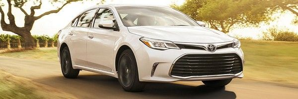 a 2018 Toyota Avalon on road