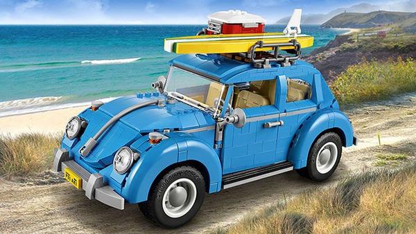 Photo of a blue Volkswagen Beetle