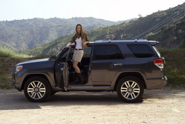 Toyota 4Runner and a girl