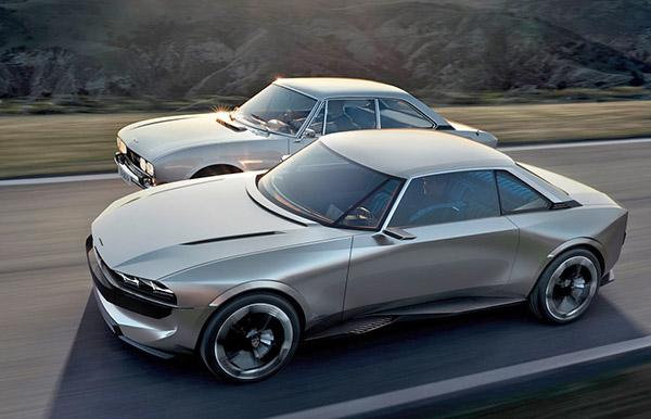 angular front of 2 Peugeot e-Legends
