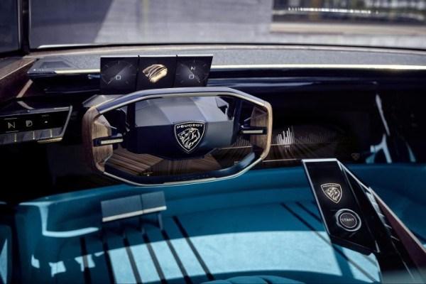 cabin of the Peugeot e-Legend