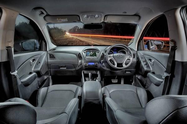 Hyundai ix35 2014 cabin