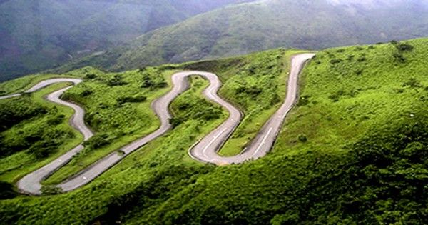 bending roads in Nigerian mountain